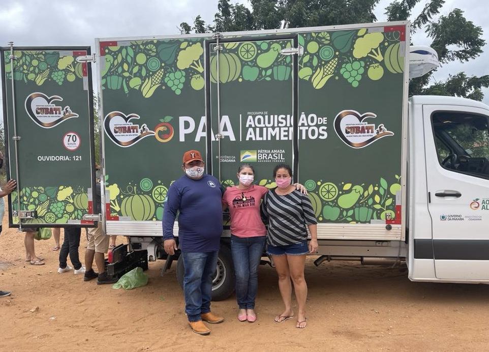Prefeitura realiza a entrega de alimentos adquiridos pelo PAA à famílias carentes da zona rural de Cubati