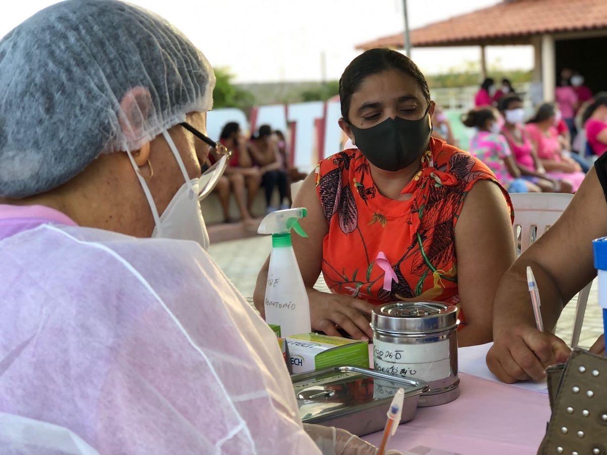 Secretaria Municipal de Saúde de Cubati realiza evento em alusão ao Outubro Rosa