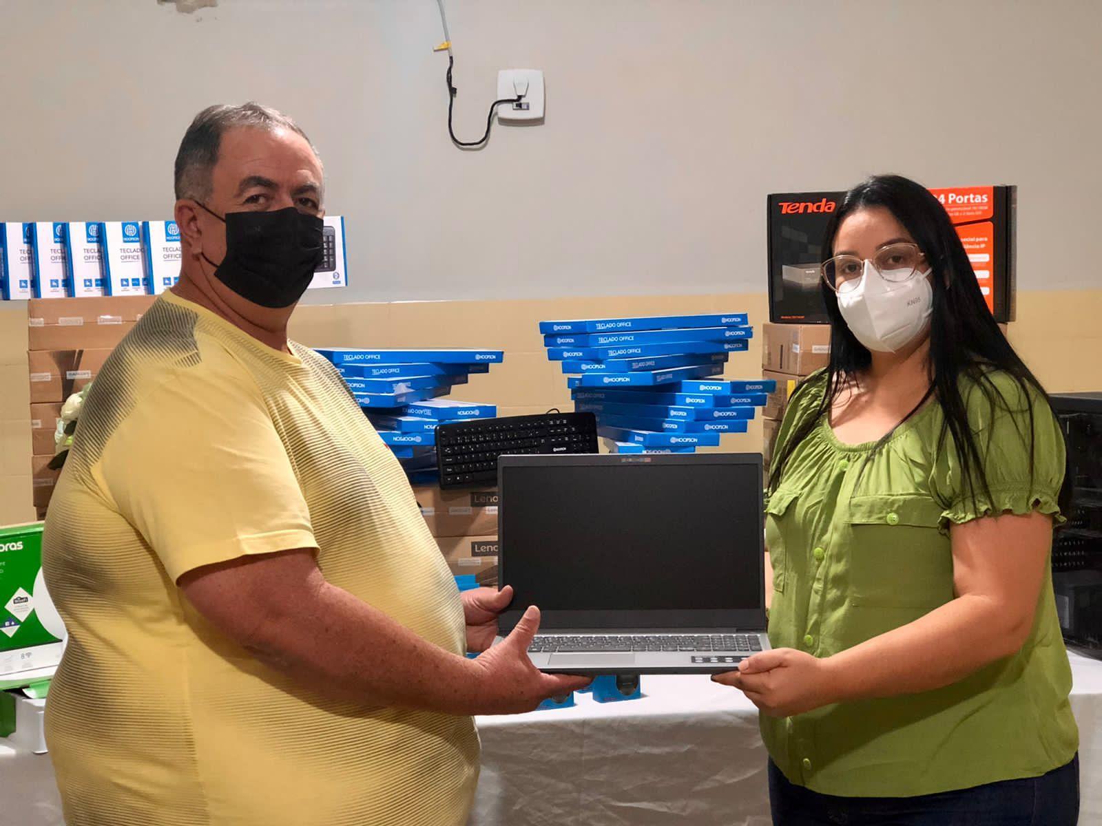 Gestão municipal de Cubati entrega equipamentos para informatização das Unidades Básicas de Saúde