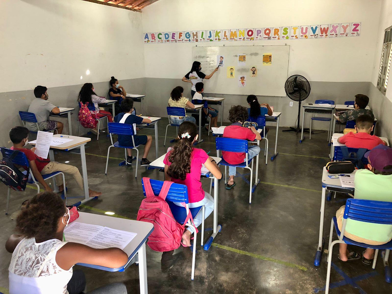 Secretaria Municipal de Educação aplica avaliação do Programa Integra Educação PB